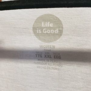 Life Is Good Tops - Life's good white  v-neck tshirt